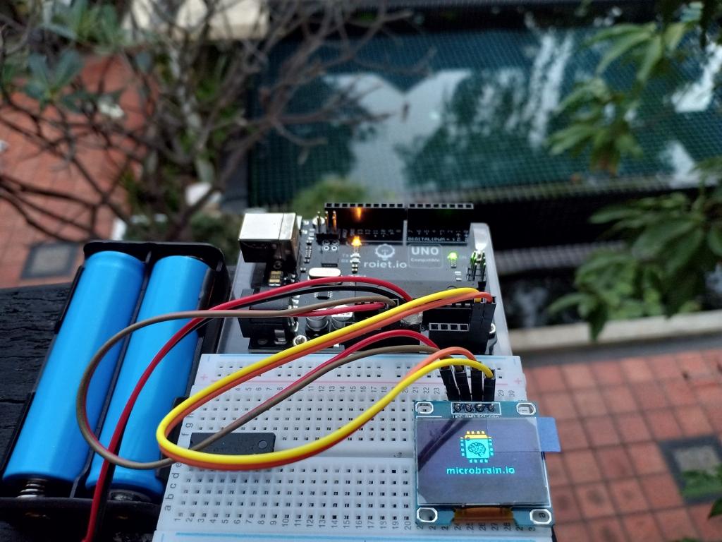 20-21 ธ.ค. 61 MicroBrain Academy โดย บจ. เรียลไอที ร่วมจัดกิจกรรม อบรมหลักสูตรสมองกลฝังตัวและหุ่นยนต์ด้วย Arduino platform ณ สวัสดีโรโบติกส์ 2018 จ.ศรีสะเกษ