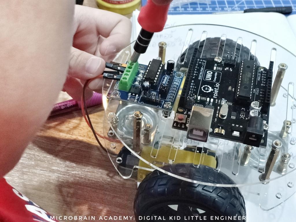 Microbrain-Student-IMG20190424114831-01_1024x768